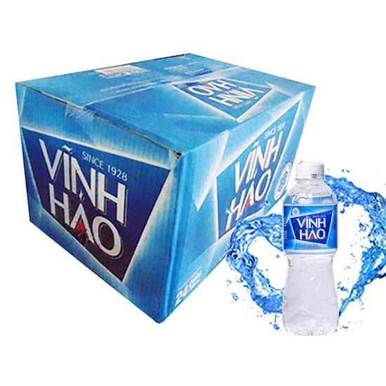 Thùng carton đựng nước suối đóng chai